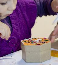 Photo d'un atelier créatif : Boîte, pour un arbre de noel