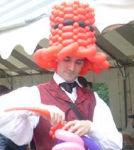 Sculpteur sur ballon gonflable pour les grands : Exemple d'un chapeau
