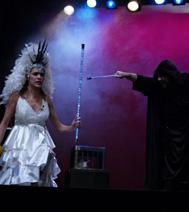 La fée et le sorcier, pendant le spectacle