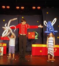 Spectacles pour un arbre de Noël : Cirque en vacances !