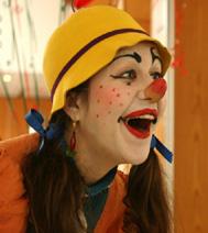 Animations et ateliers pour un arbre de Noël : Clown d'improvisation